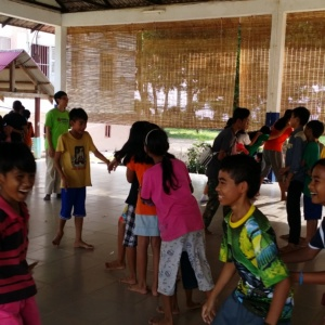 Activity with HVPV Children
